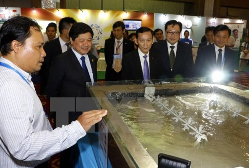 APEC exhibition on agriculture opens in Can Tho