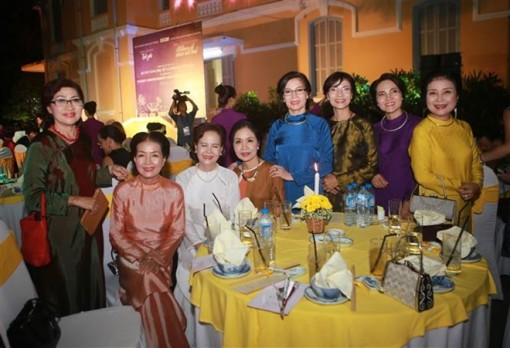 Vietnam's traditional culture introduced to APEC guests