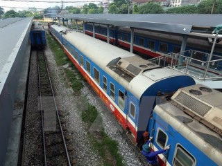Freight railway service between Hanoi and China's Jiangxi launched
