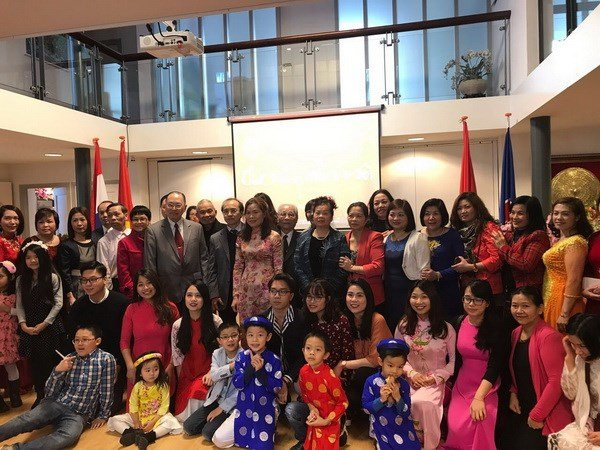 Activities celebrate Lunar New Year abroad