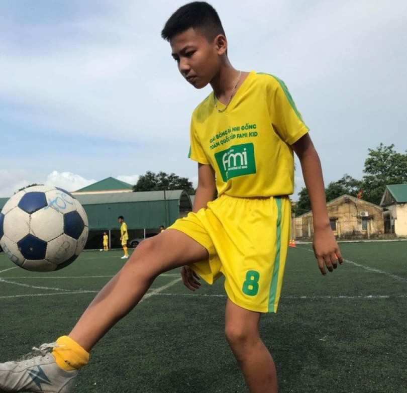Vietnamese kids to compete in int'l football event in Russia