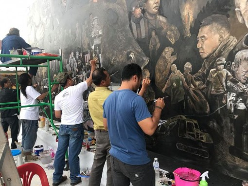 Thai artists create artwork telling Tham Luang rescue mission story