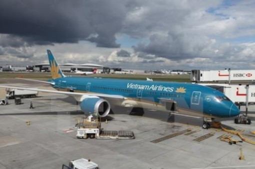 Vietnam Airlines to increase flights to Indonesia for football fans